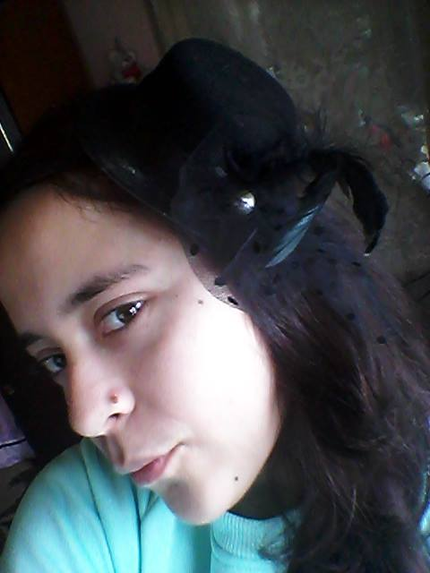 Fashion Women Girl Feather Gauze Hat Shape Headdress Hair Clip Decoration