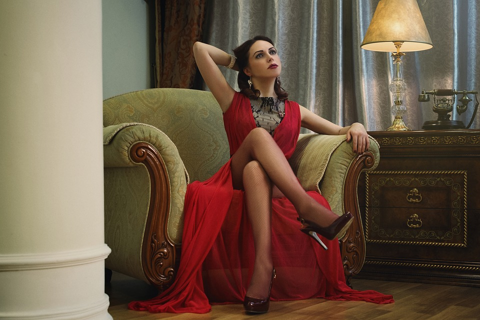 Cele mai frumoase modele de rochii doar pe www.fashion-4u.eu