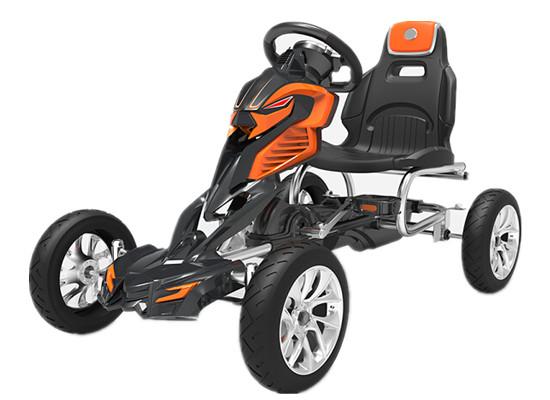 Cum alegem un kart cu pedale pentru copii?