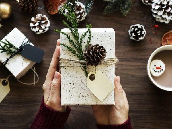 Cele mai frumoase cadouri pentru familie sunt pe cadouinedit.ro